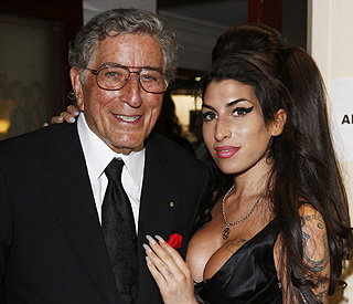 Amy's duet with Tony Bennett to be released for charity