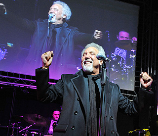 Sir Tom Jones to headline exclusive Olympic Ball