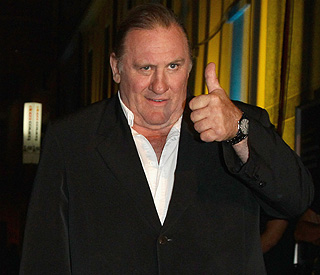 Gerard Depardieu 'very sorry' for urinating on plane