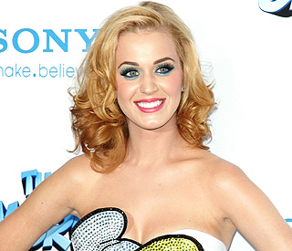 Katy Perry ties with Michael Jackson in charts