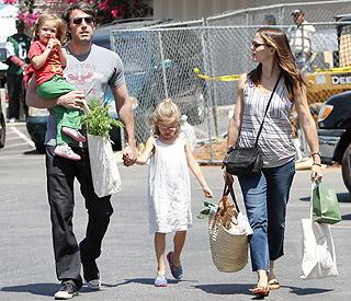 Ben Affleck and Jennifer Garner expecting third child