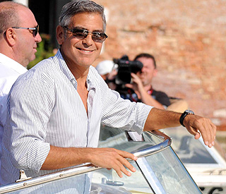 Single life is plain sailing for George Clooney