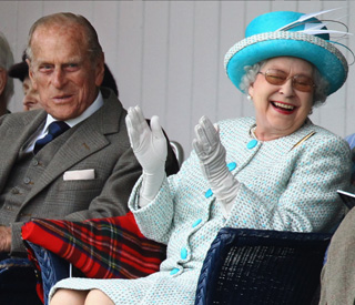 Queen very much amused at Braemar Games