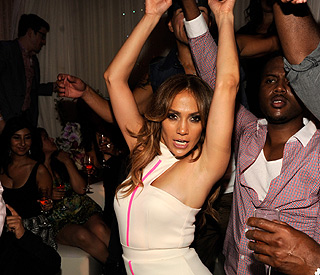 Single Jennifer Lopez living la vida loca in Las Vegas