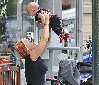 Pink introduces baby Willow to the Big Apple