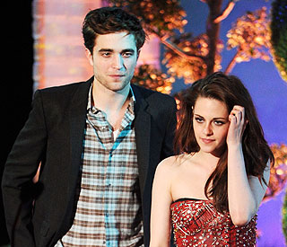 Kristen Stewart admits to having an 'English boyfriend'