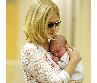 Peek-a-boo: First look at January Jones' son