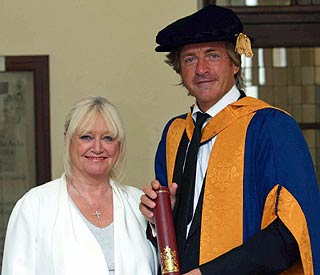 'This Morning's Richard receives honorary degree