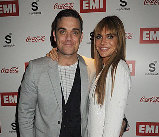 Robbie Williams splits from EMI record label