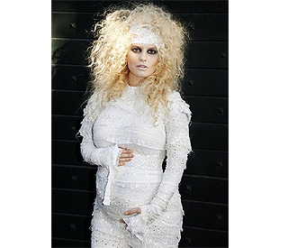 Who's the mummy? Jessica Simpson is pregnant