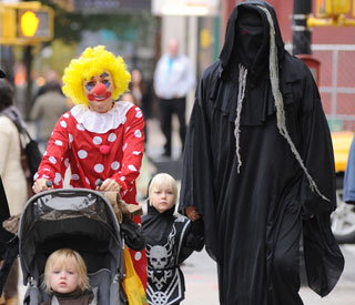 Naomi Watts clowns around for Halloween