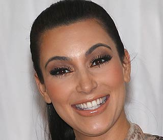 Kim Kardashian raises a smile for fans