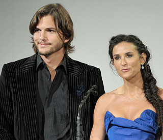 Demi Moore confirms divorce from Ashton Kutcher