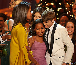 Obama daughters thrilled to meet Justin Bieber
