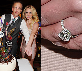Engaged Britney Spears shows off her new sparkler