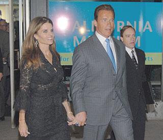 Arnold and Maria Shriver reunite for Christmas