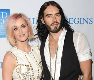 Katy and Russell spend Christmas apart