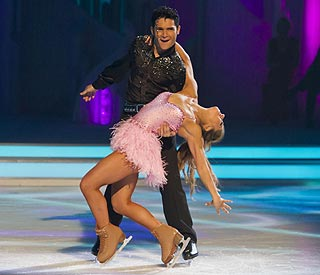 Corey Feldman skates off 'Dancing On Ice'