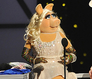 Miss Piggy revealed as red carpet host of BAFTAs