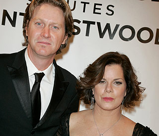 Oscar winner Marcia Gay Harden files for divorce