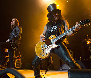 Guns N' Roses announce UK tour