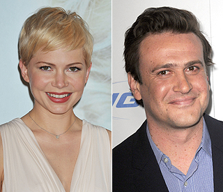 Love in the air for Michelle Williams and Jason Segel?