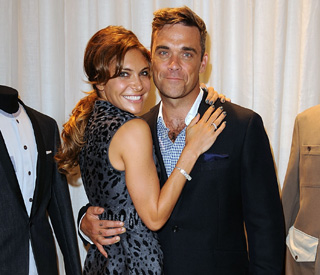 Robbie Williams announces baby news