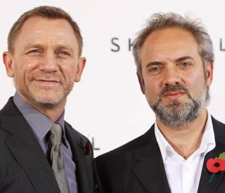 Sam Mendes shaken, not stirred by Daniel Craig's '007'
