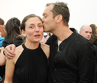 Jude Law wins award for best supporting brother
