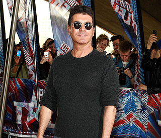 Simon Cowell sorry for 'embarrassing' revelations