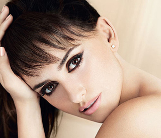 Penelope Cruz wows in new Lancôme ad campaign