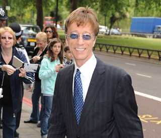 Robin Gibb funeral to be private family affair