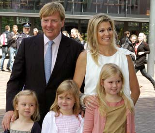 Princess Maxima's girls are the image of mummy