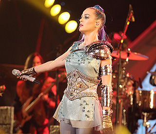 Katy Perry sets sights on Queen biopic