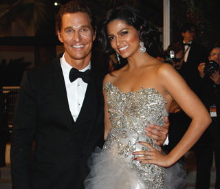 Matthew McConaughey weds in laid-back nuptials