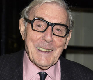 Comedian Eric Sykes dies at 89