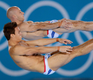 Disappointment for Tom Daley and Peter Waterfield