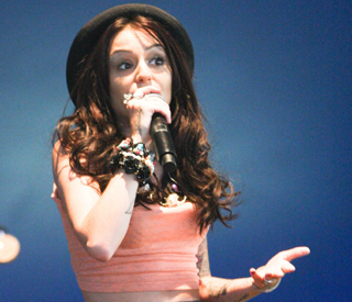 Cher Lloyd forced off stage at V Festival