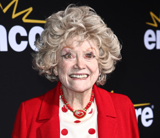 'First lady of comedy' Phyllis Diller dies aged 95