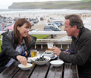 Camerons spend rainy bank holiday in Cornwall