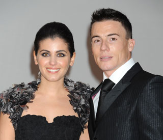 Singer Katie Melua weds in star-studded ceremony