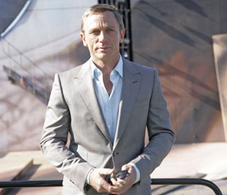 Daniel Craig signs up for two more Bond films