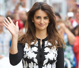 Penelope Cruz to join Brad in Bollywood?