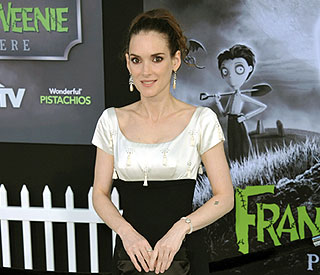 Winona Ryder up for 'Beetlejuice' sequel