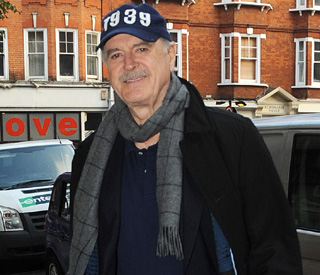 John Cleese set to publish memoir