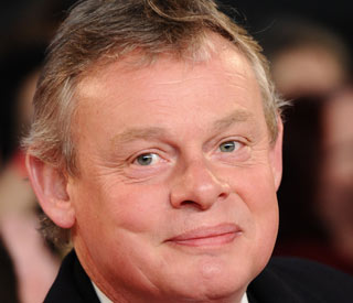Martin Clunes' speedy driving leads to car ad ban