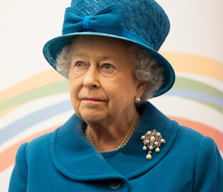 Queen to deliver Christmas message in 3D