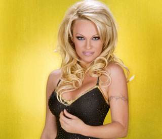 Pamela Anderson is early 'Dancing on Ice' favorite