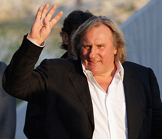 Gerard Depardieu given Russian passport