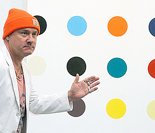 Damien Hirst goes dotty for Brit statuette